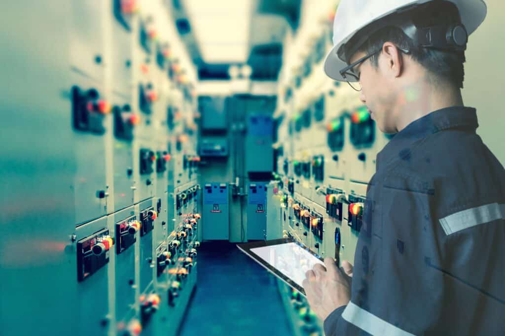 How CMMS Improves Inventory Management and Reduces Inventory Losses