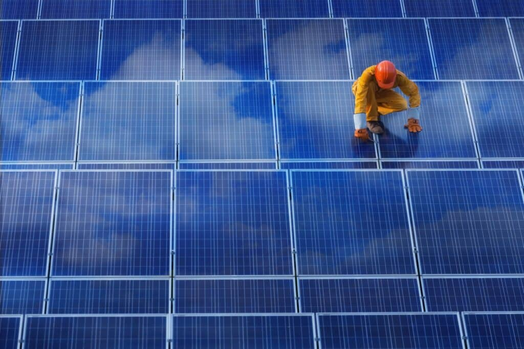 Field service management (FSM) helping solar installers manage growth